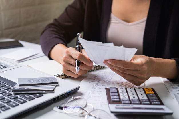Cómo hacer valer el reglamento de pagos de cuotas en los colegios