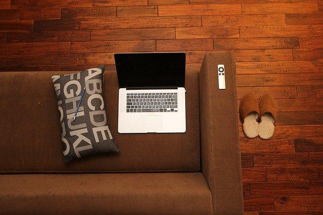 Trabajo Remoto y Escuelas: Ideas para Mantener a Tu Equipo Administrativo Motivado