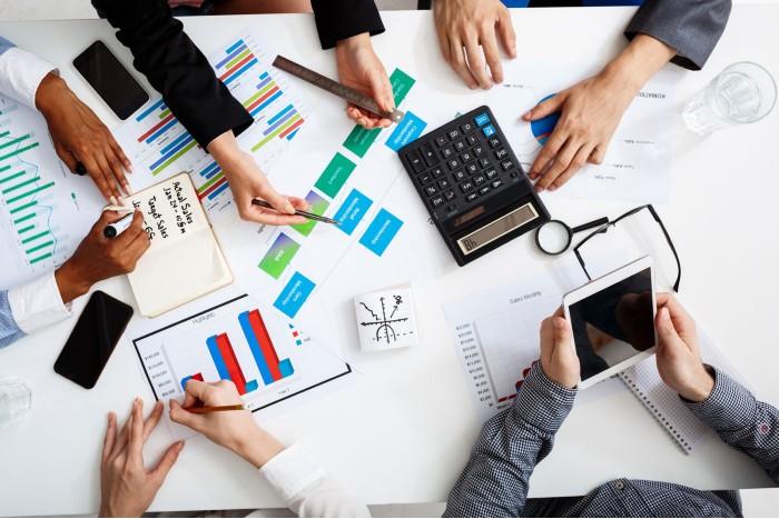 Es importante revisar la normativa vigente a la hora de diseñar criterios para las categorías de devengado y percibido.