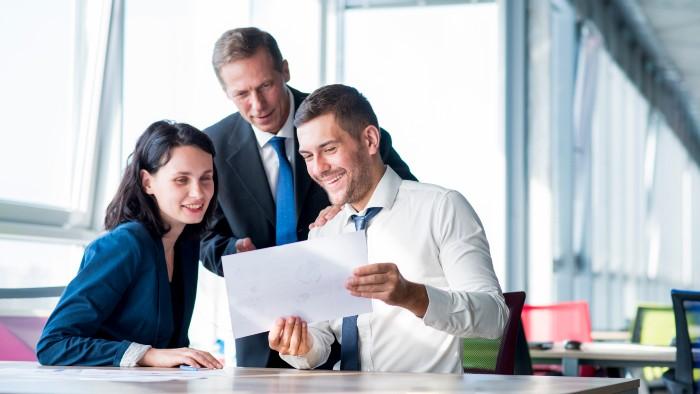 Prepara a tu equipo para evitar los errores comunes en la facturación electrónica.