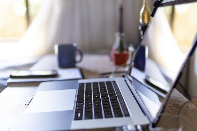 Herramientas tecnológicas que faciliten el trabajo remoto son requeridas en los ámbitos educativos