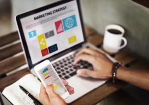 Integra a tu estrategia de marketing educativo un experto en social selling